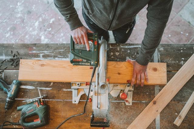 Mizarsko orodje za profesionalce ali pa zgolj ljubitelje lesa